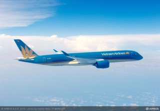 A350_XWB _Vietnam_Airlines_in_volo