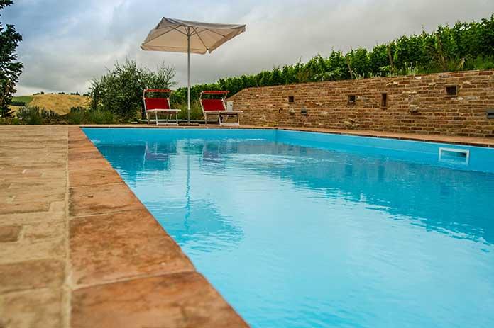 Campanacci_Agriturismo_piscina