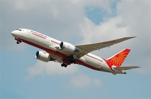 Air_India_Boeing_787-8_Dreamliner_(VT-ANG)_departs_London_Heathrow_Airport_2ndJuly2014_arp_300x197