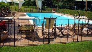 L_Antico_Forziere_Logis-Deruta-Pool-4-546201_300x168
