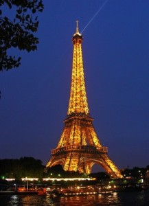 eiffel-tower-66925_960_720_300x415